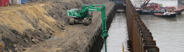 Unterwasserabbruch Bagger WIWA Abbruchunternehmen